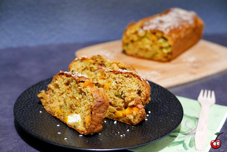 Recette du cake au pois chiche, aux légumes et à la féta par Caporal Cerise (caporalcerise.Fr)