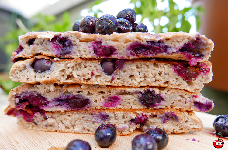 Recette des blueberry pancakes par caporal cerise (caporalcerise.fr)