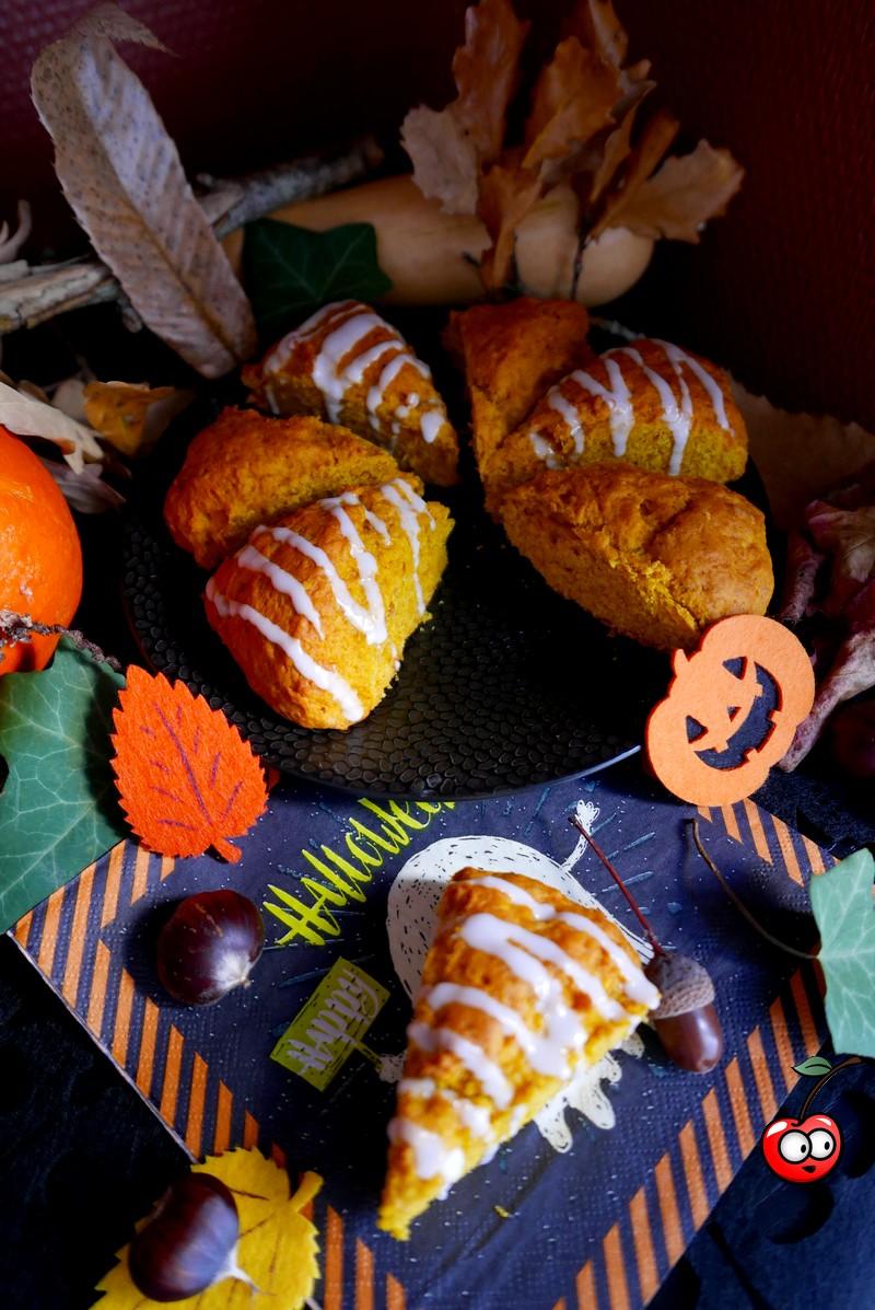 Scones au potimarron et à l'orange, pumpking orange scones par caporal cerise (caporalcerise.Fr)
