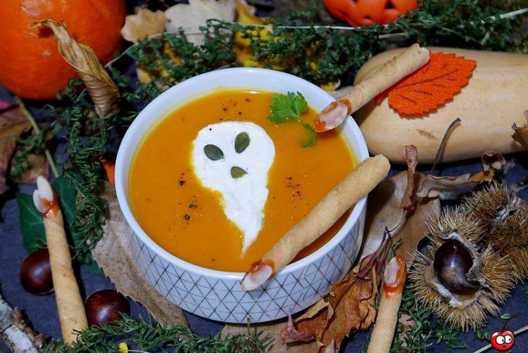Recette du velouté d'Halloween au Potimarron, Butternut et coco par Caporal cerise (caporalcerise.fr)