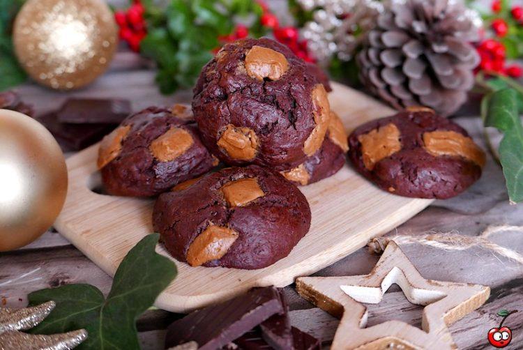Recette des cookies au chocolat noir et peanut butter par caporal cerise (caporalcerise.fr)