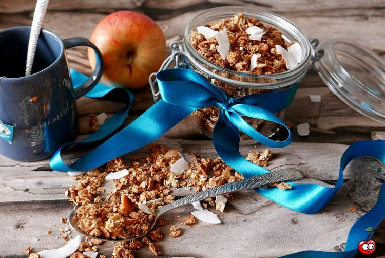 Recette du granola coco cannelle par caporal cerise (caporalcerise.Fr)