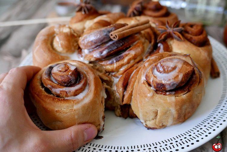 Recette des cinnamon rolls par caporal cerise (caporalcerise.fr)