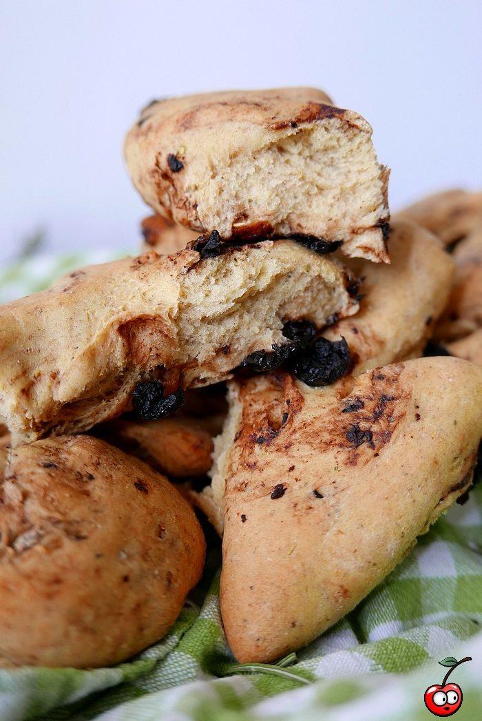 Recette de la fougasse aux olives noires par caporal cerise (caporalcerise.Fr)