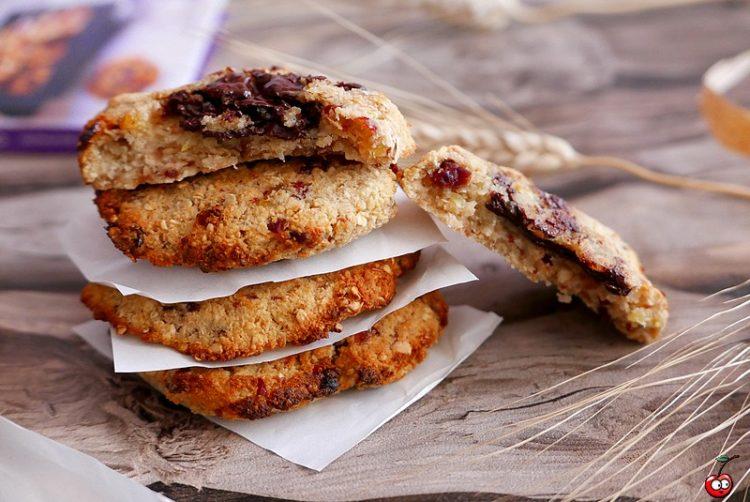Recette des cookies healthy à l'avoine et au coeur chocolat par caporal cerise (caporalcerise.fr)