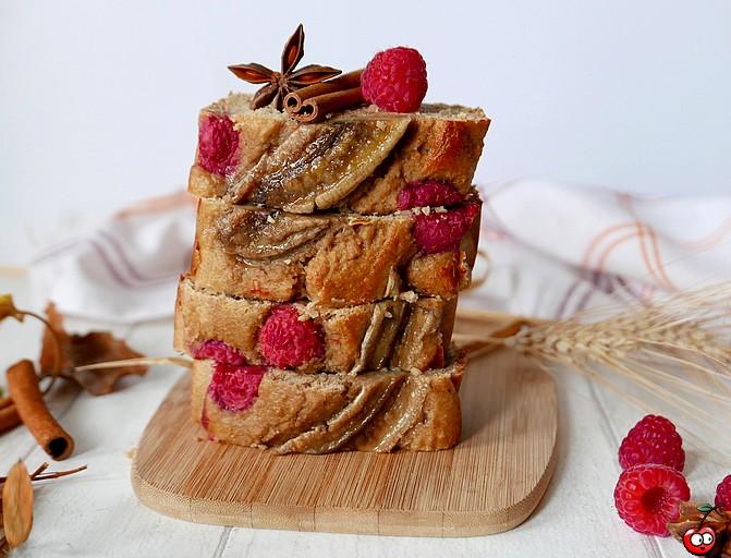 Recette du banana bread aux framboises par caporal cerise (caporalcerise.fr)