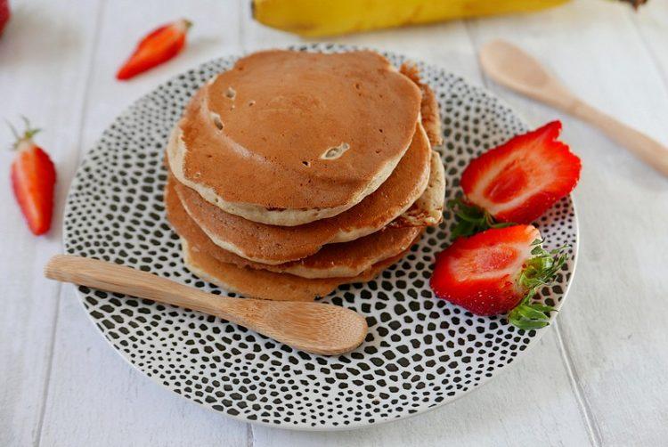 Recette des pancakes à la banane par caporalcerise (caporalcerise.fr)