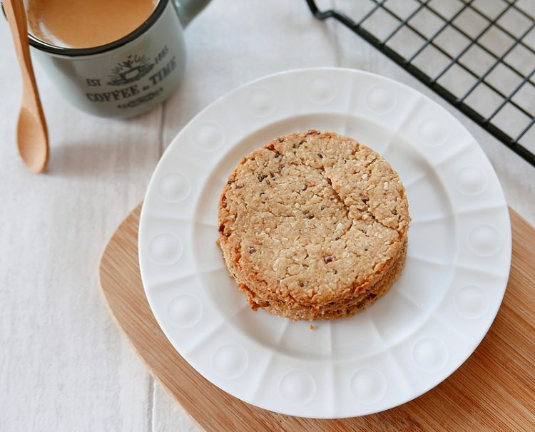 Recette de la base des biscuits granola par caporal cerise (caporalcerise.fr)